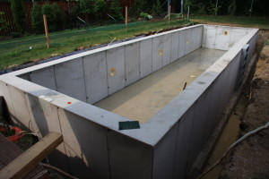 vodotěsný monolitický betonový bazén