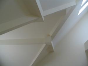 opláštění konstrukce střechy sádrokartonem, rekonstrukce střechy
