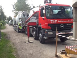 transport beton pro realizaci bílé vany